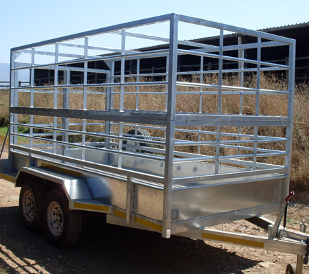 Agricultural---Sheep-and-c-attle-trailer-also-available-with-a-centre-gate